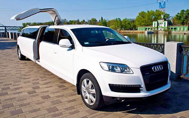 Аренда Лимузин Audi Q7 на свадьбу Запорожье