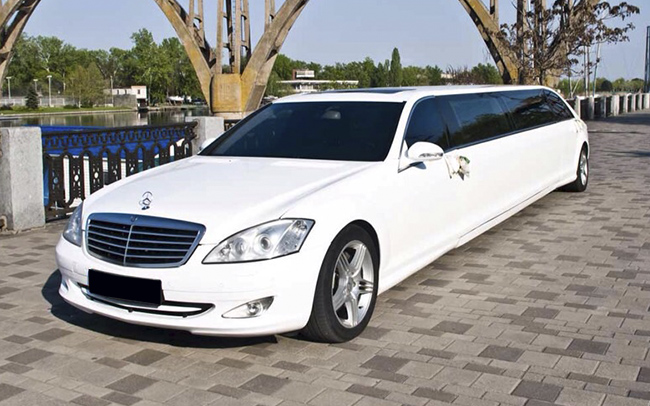 Аренда Лимузин Mercedes W221 на свадьбу Запорожье