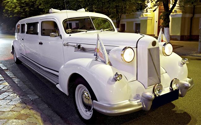 Аренда Лимузин Oldsmobile на свадьбу Запорожье