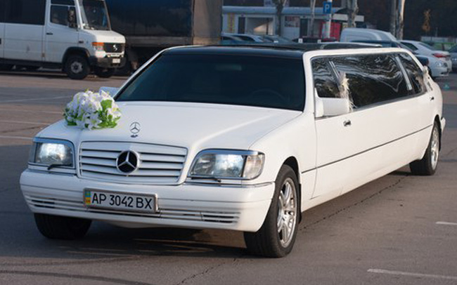 Аренда Лимузин Mercedes S-Class W140 на свадьбу Запорожье